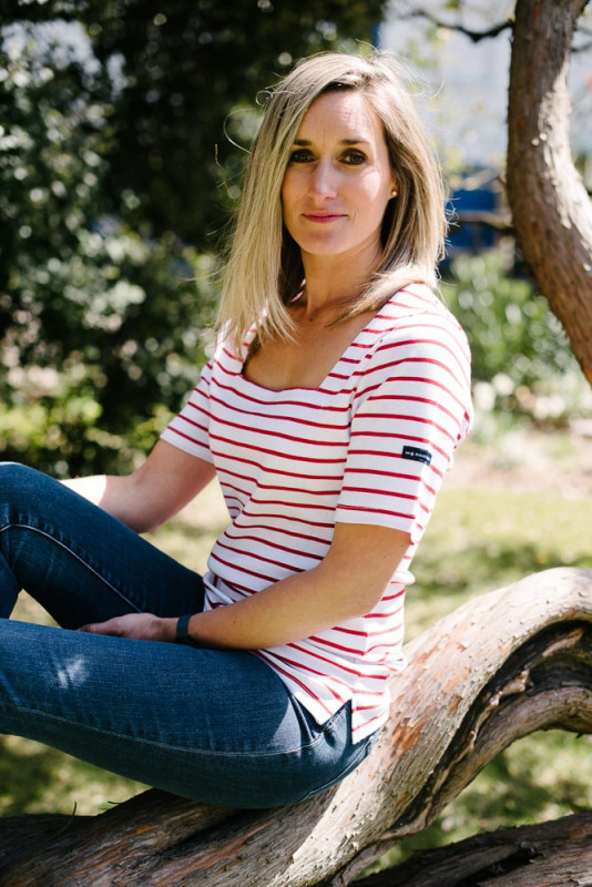 tee shirt col carré blanc rouge pour femme