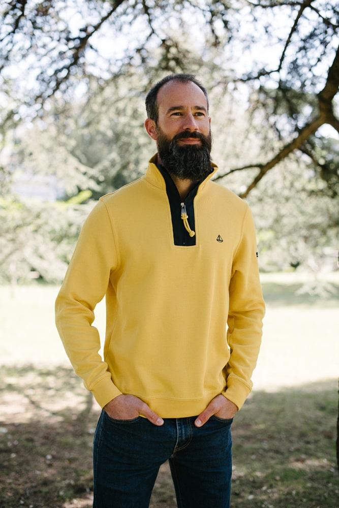 sweat col zippé jaune pour homme