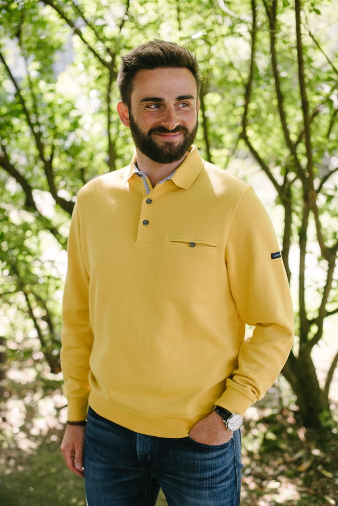 sweat col polo poche poitrine jaune pour homme