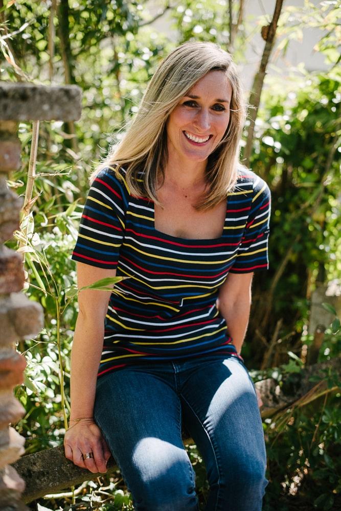 tee shirt col carré multicolore pour femme