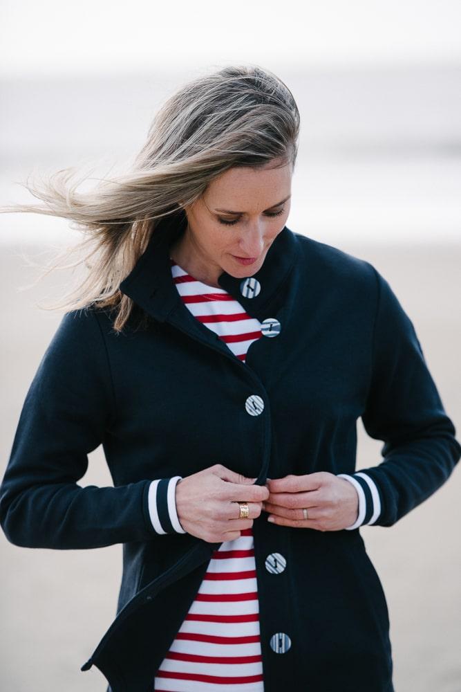 veste en sweat boutons rayés bleu marine pour femme